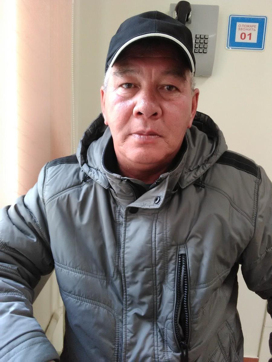 Знакомства Южно-Сахалинск, фото мужчины Александр, 59 лет, познакомится для флирта, любви и романтики, cерьезных отношений