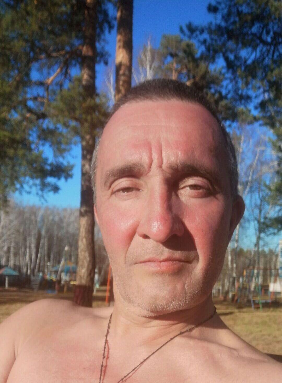 Знакомства Великий Устюг, фото мужчины Вадим, 47 лет, познакомится для флирта, любви и романтики