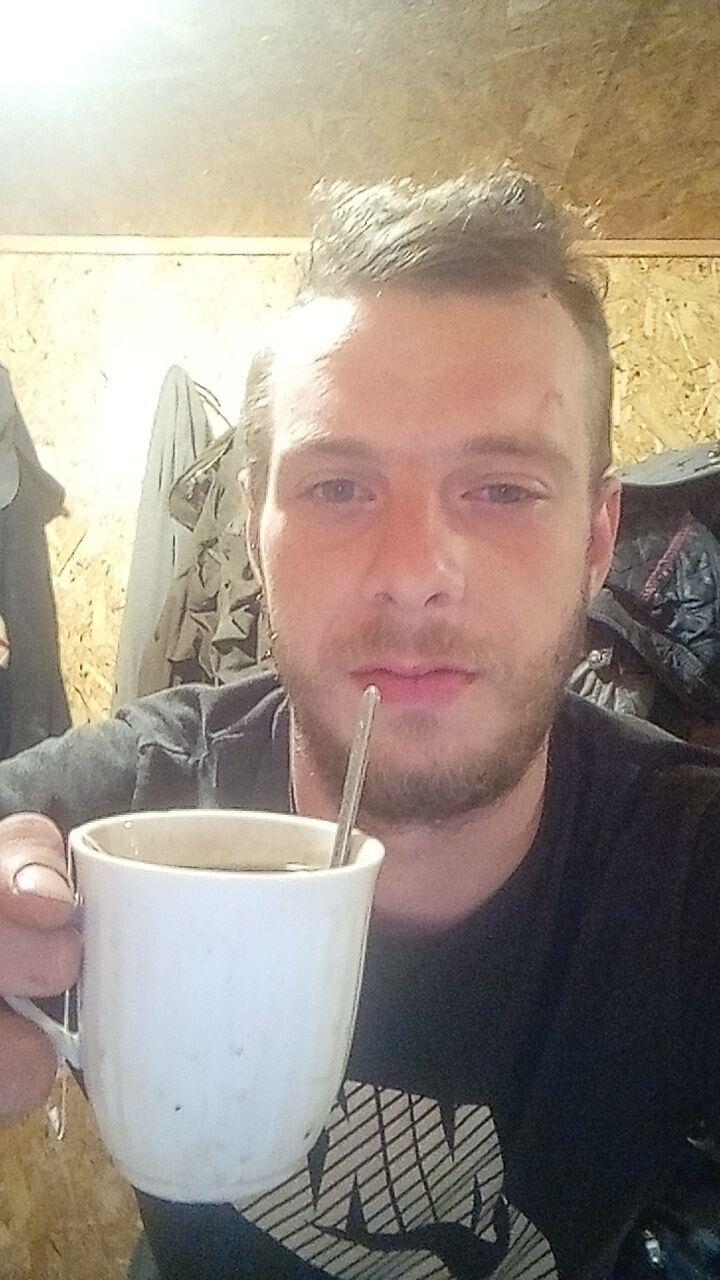 Знакомства Киев, фото парня Антон, 21 год, познакомится для флирта, любви и романтики