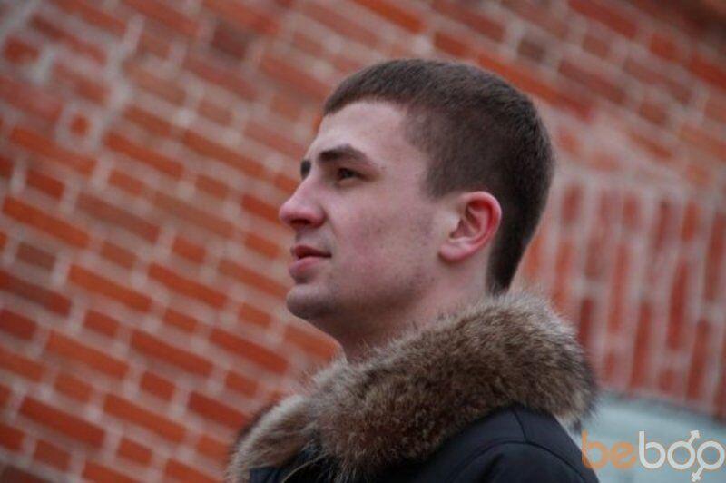 Знакомства Омск, фото мужчины Артем, 36 лет, познакомится для флирта, любви и романтики, cерьезных отношений
