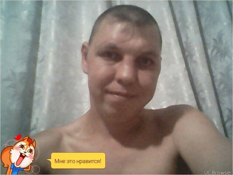 Знакомства Челябинск, фото мужчины Олег, 39 лет, познакомится для флирта, любви и романтики, cерьезных отношений