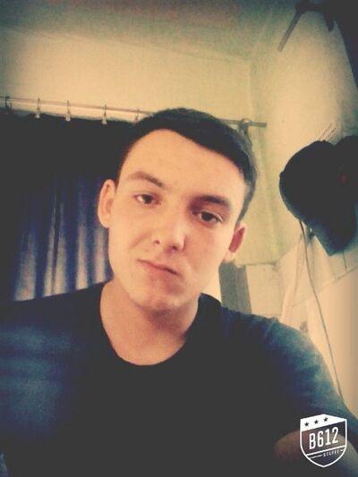 Фото мужчины Максим, Харьков, Украина, 19