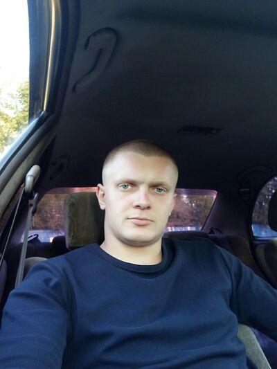 Знакомства Новокузнецк, фото мужчины Алексей, 27 лет, познакомится для флирта, любви и романтики, cерьезных отношений