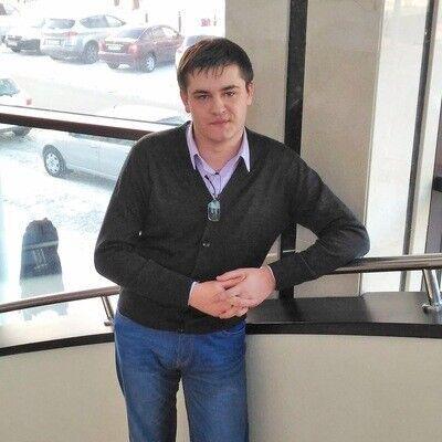 Знакомства Павловск, фото мужчины Виталий, 31 год, познакомится для флирта, любви и романтики, cерьезных отношений