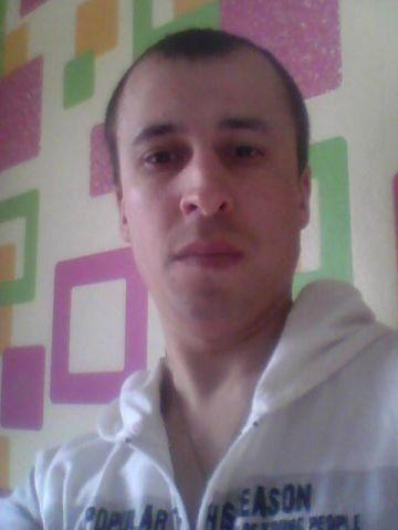 Знакомства Иркутск, фото мужчины Паша, 35 лет, познакомится для флирта, любви и романтики, cерьезных отношений