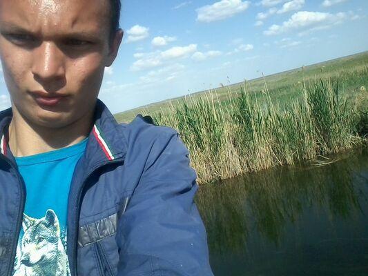 Фото мужчины Максим, Дивное, Россия, 21