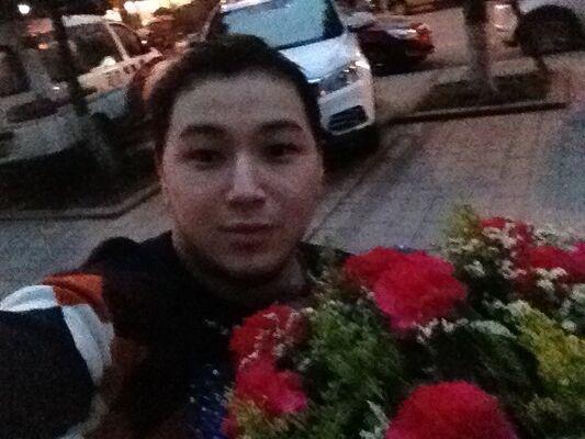 Фото мужчины Алдияр, Yongchuan, Китай, 21