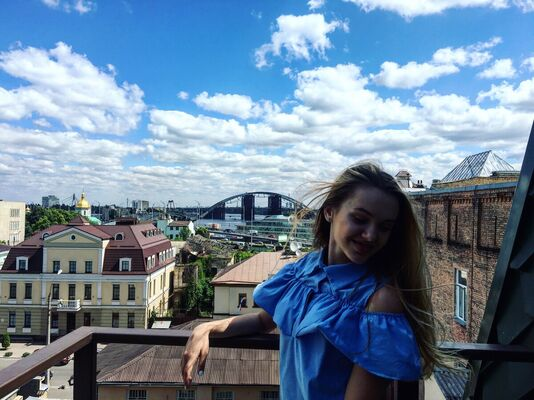Знакомства Новоуральск, фото девушки Зиночка, 21 год, познакомится для флирта, любви и романтики, cерьезных отношений
